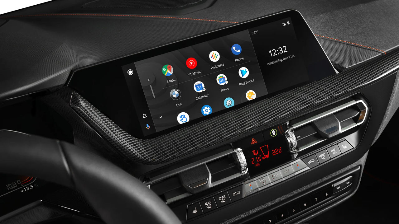 Google opens up Google Play for more Android Auto apps