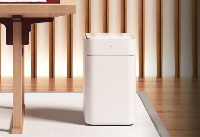 Townew T1 Smart Trash Can Quick Look: Auto seals your trash!