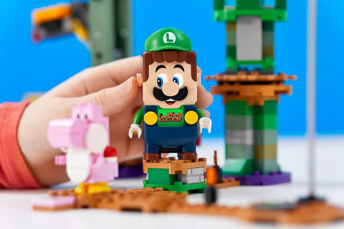 LEGO Luigi Review: Mamma mia!
